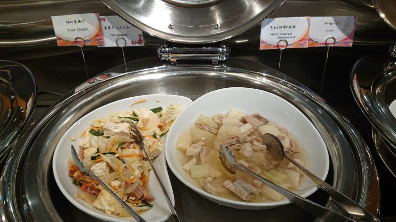 グレイスリー那覇の朝食ビュッフェにあった豆腐チャンプルー