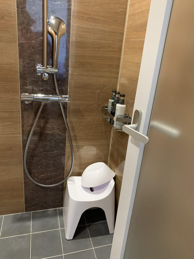 フサキリゾートのシャワールーム