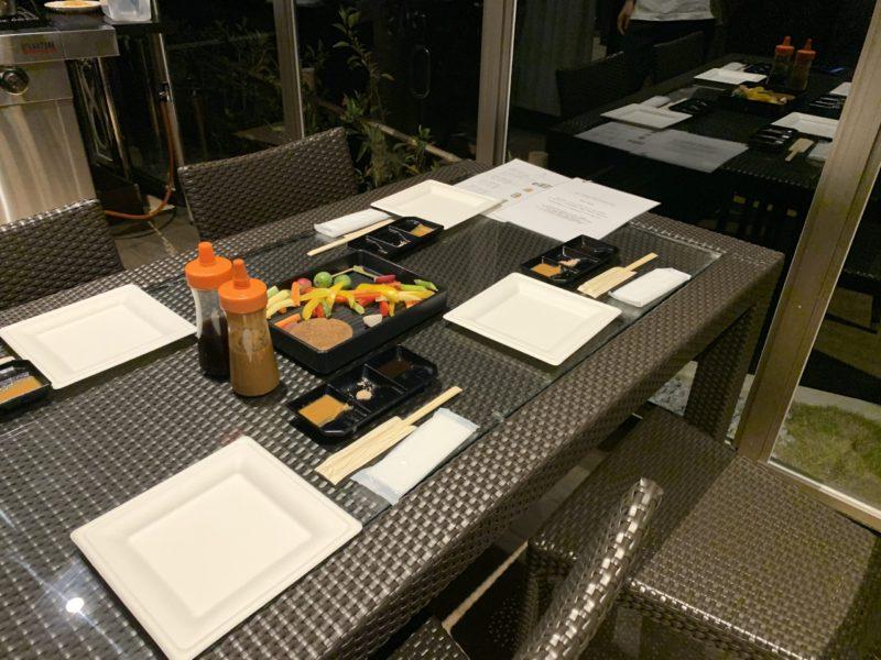 古宇利島ワンスイートザテラスのオーシャンビューデラックスの晩御飯BBQ
