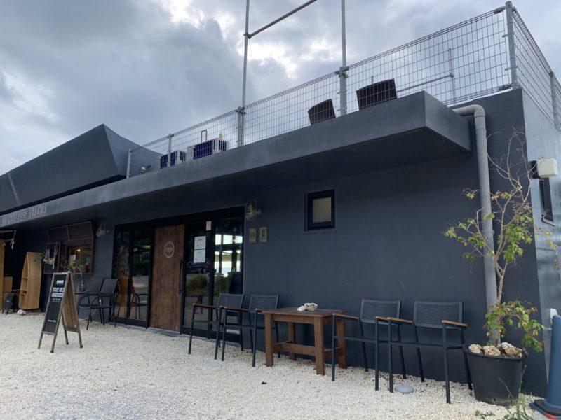古宇利島ワンスイートザテラスのオーシャンビューデラックスの朝食を食べるレストラン